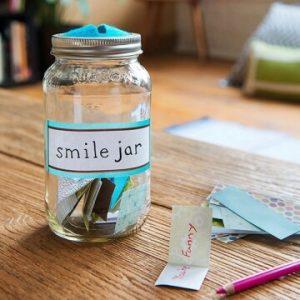 10 ideias de presentes simples e criativos para você fazer - jarro dos sorrisos_foto Dominic Perri