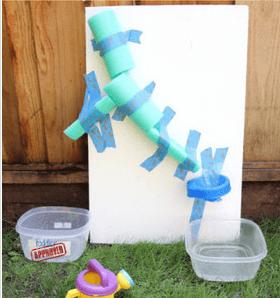 5 dicas de brincadeiras para se divertir neste verão com os bebês - parede_aquaplay 1