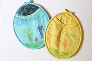 10 ideias de presentes para fazer em casa para as mães - pegadores de panela com canetinha