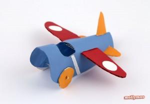 10 maneiras de brincar de avião - aviao de rolo de papel higienico