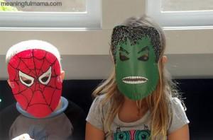 10 maneiras de brincar de super-herói - mascara super heroi