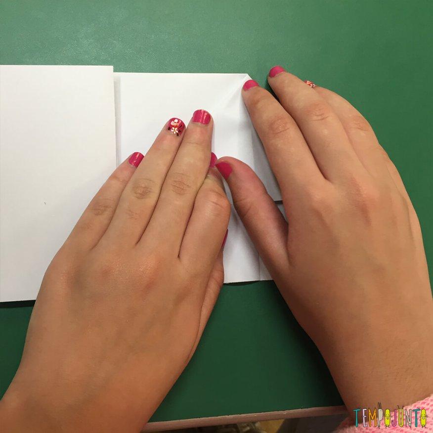 Brincadeira de origami - sexta dobra