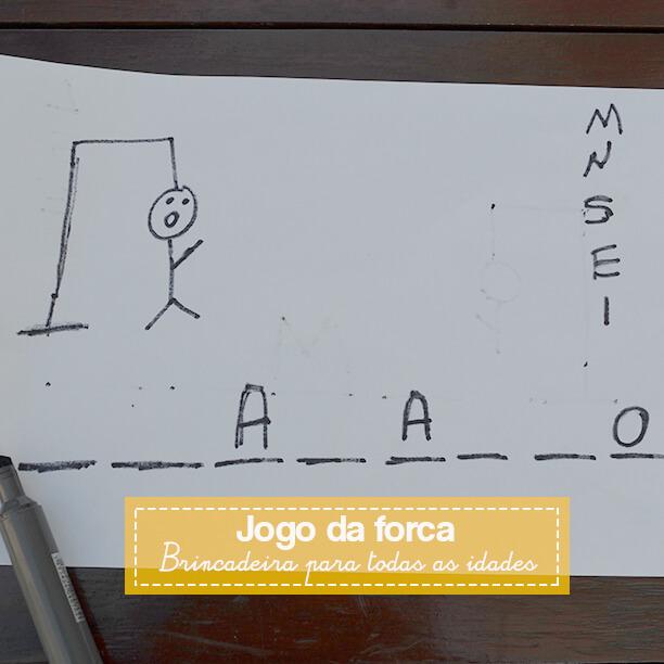 Soletrar vira uma brincadeira para várias idades com a forca