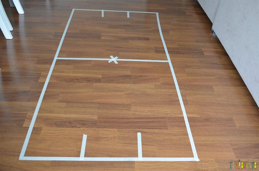 Futebol de canudo - campo no chão