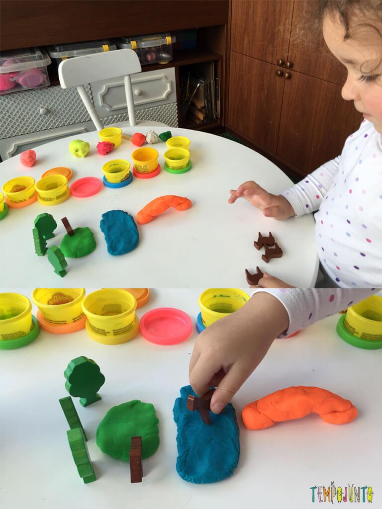 Introducao a brincadeira com pecas soltas_13.08.13_13.06.41_Gabi brincando com peças massinha