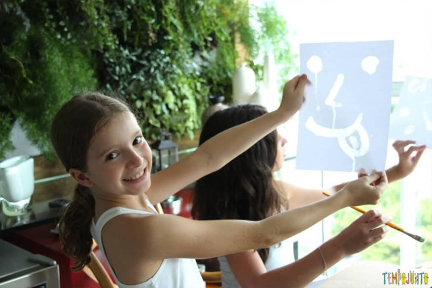 Pintura com limao - amiga da carol mostrando o desenho