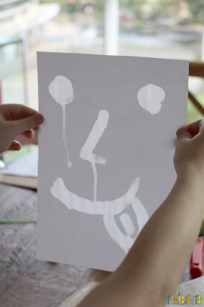 Pintura com limao - desenho contra a luz