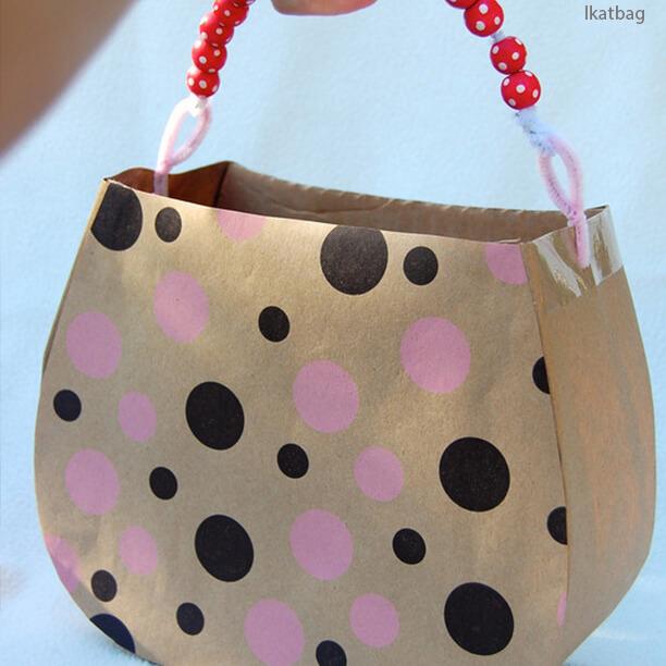10 ideias de brinquedos caseiros faceis de fazer - bolsa de papelao