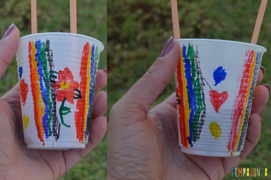 Balão copo descartavel - desenhos no copo