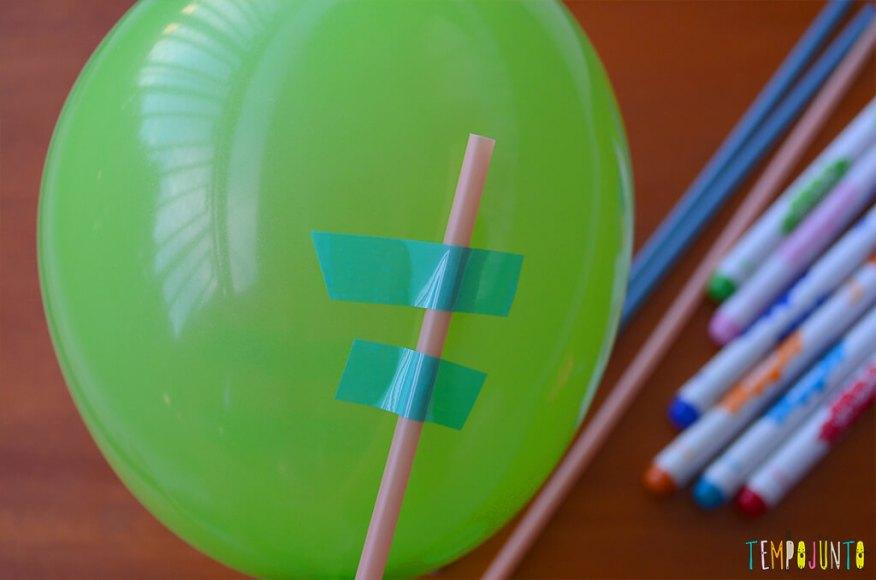 Balão copo descartavel - detalhe do durex na bexiga 2
