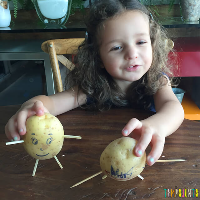 Como fazer bonecos de batata - gabi com os bonecos de batata