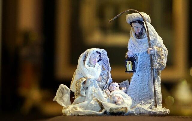 Figura do Presépio - Maria, José e Jesus em pano