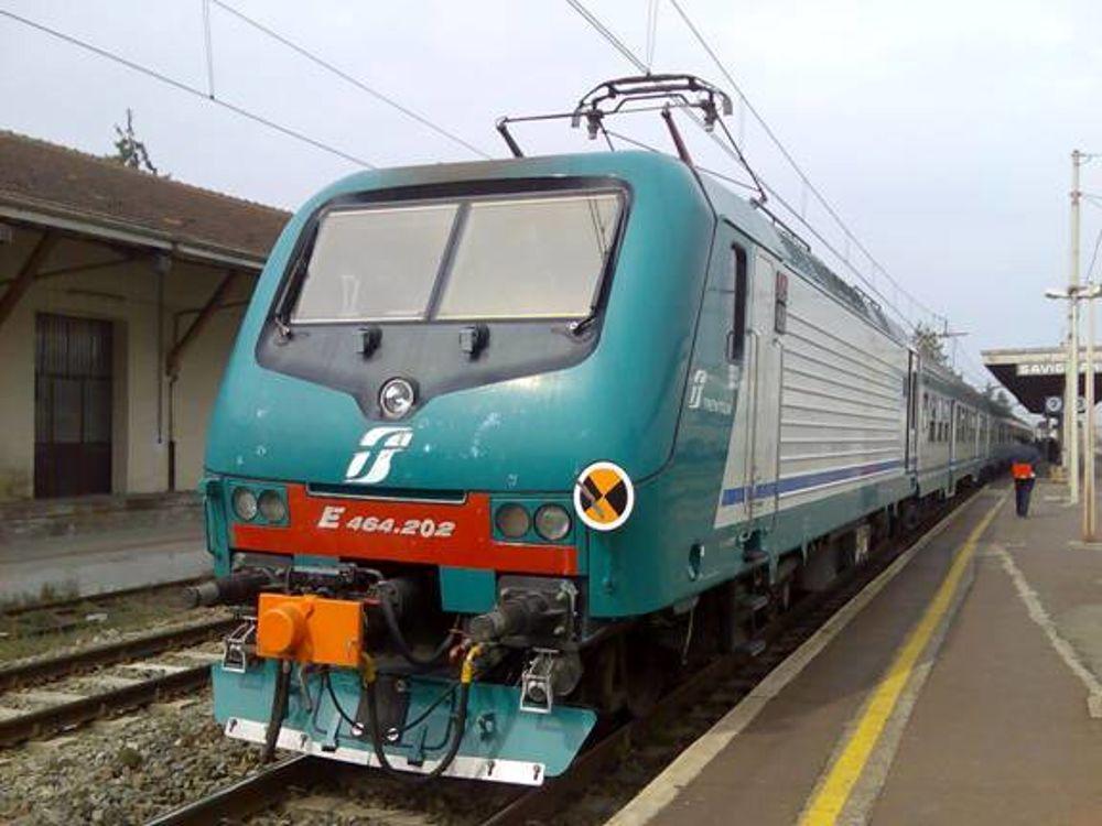 Treni, martedì nero sulla linea Napoli - Roma via Formia, enormi ritardi e corse soppresse - Temporeale Quotidiano