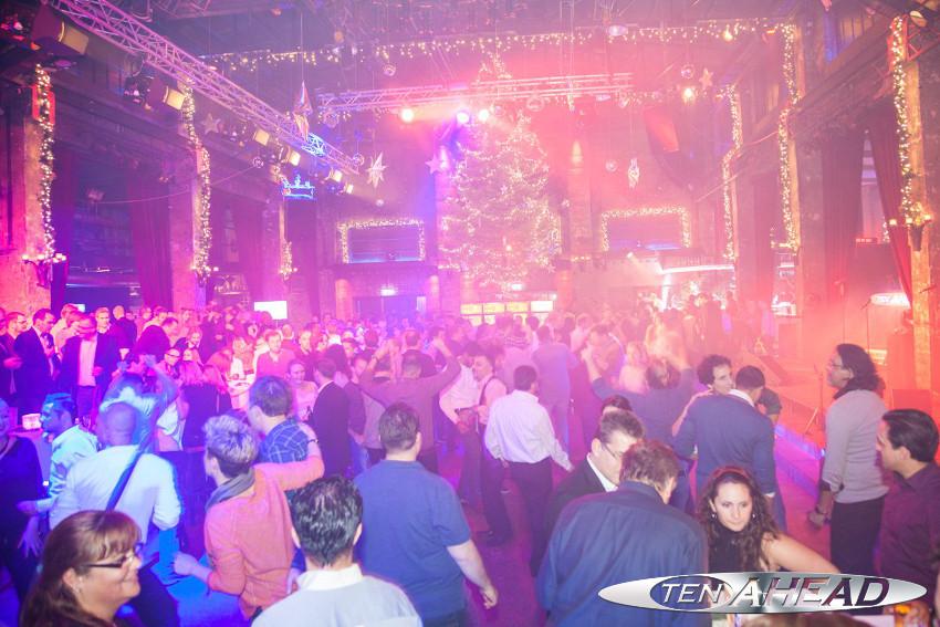 Liveband Nrw Weihnachtsfeier In Der Halle Tor 2 Ten Ahead