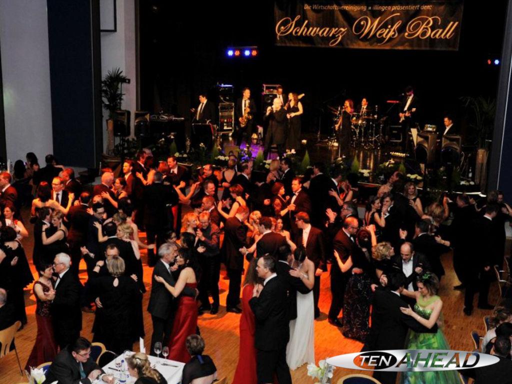 Liveband, Coverband, Partyband, ten ahead, tenahead, koeln, Köln, NRW, dillingen, schwarz-weiss-ball 2015