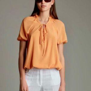 genda blusa con arriccio al collo e laccetto