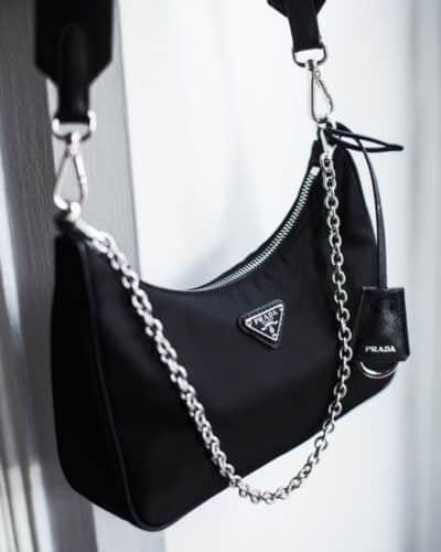 réédition du sac à bandoulière Prada 2005