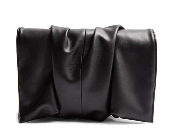 Pochette en faux cuir noir Topshop