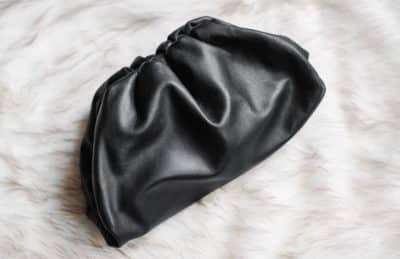 Prix et valeur du sac Pouch Bottega Veneta