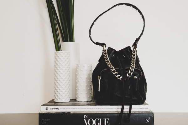Quel est votre sac de créateur non haut de gamme préféré ?