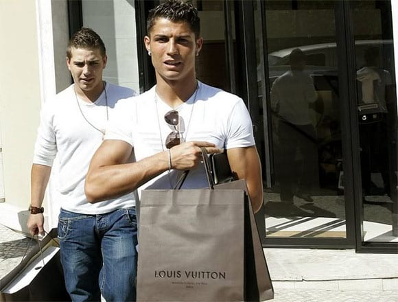 cronaldo Cristiano Ronaldo diseñará para Louis Vuitton