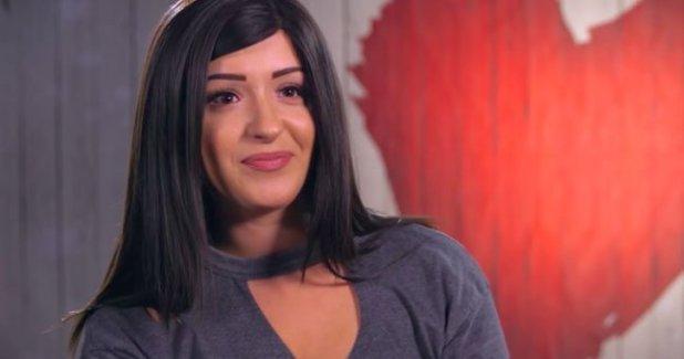 Una chica revela su alopecia en el programa First Dates - Eve-Betts-First-Dates
