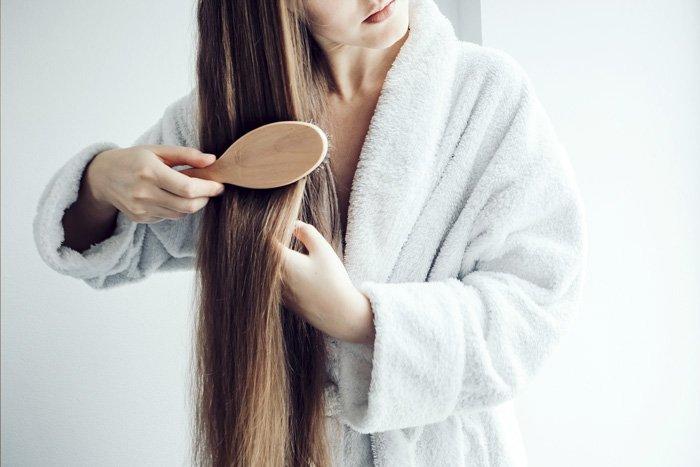 Después-de-lavar-tu-cabeza---Aprender-a-peinarse