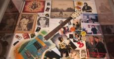 beatles exposição guitarra george harrison 230x120 São Paulo recebe exposição Beatles   50 Anos de História