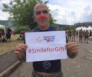 Paolo Di Canio per Smile For Gift della Teniamoci Per Mano Onlus