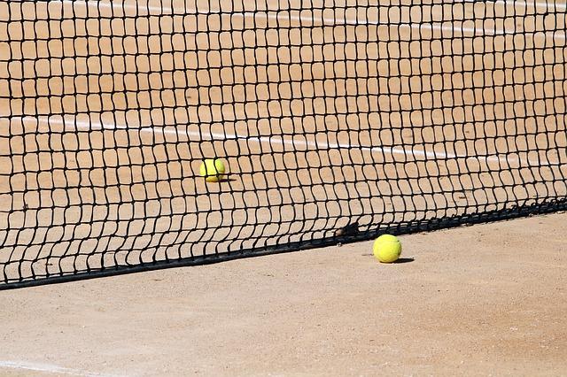 Reserva de pistas en Estepona: Tenis y Pádel