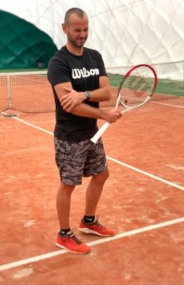 tenisový loket