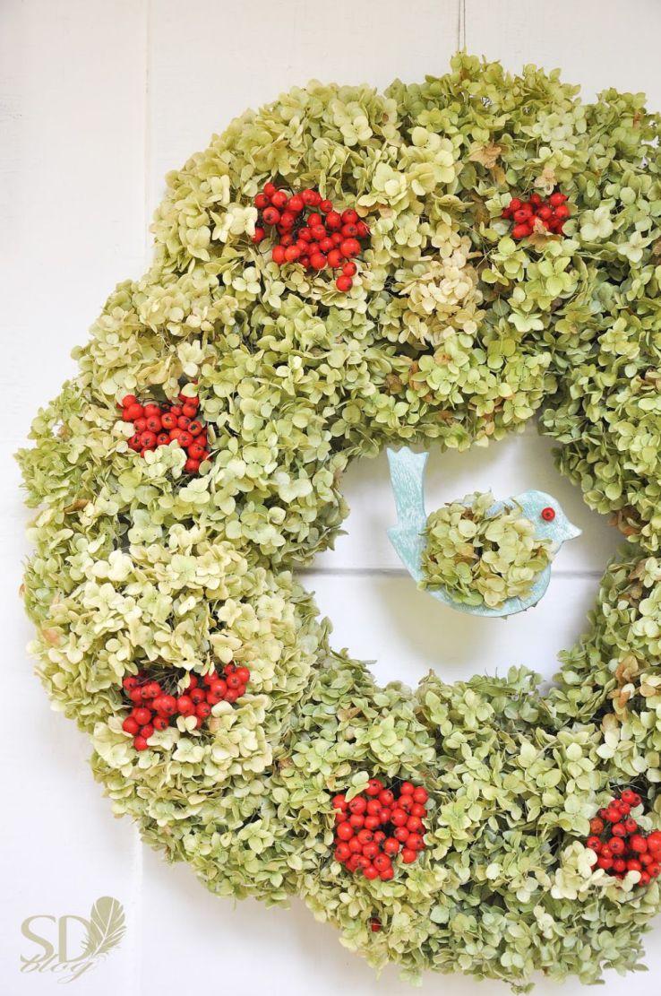 vainikas-is-hortenziju-ziedu