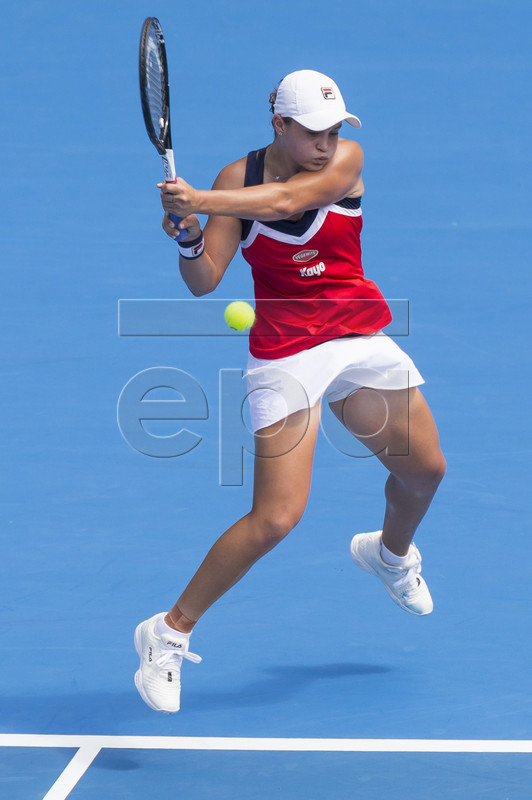 Ashleigh Barty of Australia in action against Simona Halep of Romania during their match at the Sydney International tennis tournament at Sydney Olympic Park Tennis Centre in Sydney, Australia, 09 January 2019. EPA-EFE/CRAIG GOLDING AUSTRALIA AND NEW ZEALAND OUT