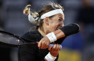 Victoria Azarenka of Belarus in action during her women's singles second round match against Elina Svitolina of Ukraine at the Italian Open tennis tournament in Rome, Italy, 14 May 2019. EPA-EFE/RICCARDO ANTIMIANI
