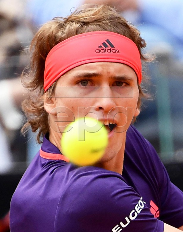 Alexander Zverev of Germany in action against Matteo Berrettini of Italy during their men's singles second round match at the Italian Open tennis tournament in Rome, Italy, 14 May 2019.  EPA-EFE/ETTORE FERRARI
