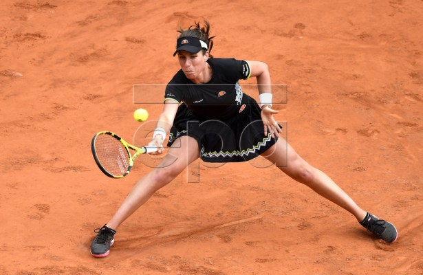 Johanna Konta of Britain plays Marketa Vondrousova of the Czech Republic during their women?s semi final match during the French Open tennis tournament at Roland Garros in Paris, France, 07 June 2019. EPA-EFE/JULIEN DE ROSA