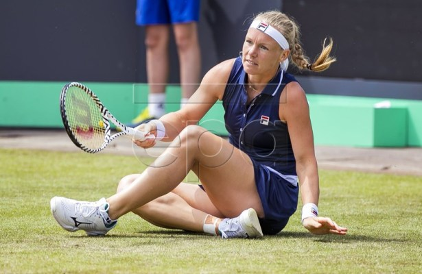 Kiki Bertens of Netherlands reacts during her match against Arantxa Rus of Netherlands in the second round at the Rosmalen Tennis tournament in Rosmalen, Netherlands, 14 June 2019. EPA-EFE/KOEN SUYK