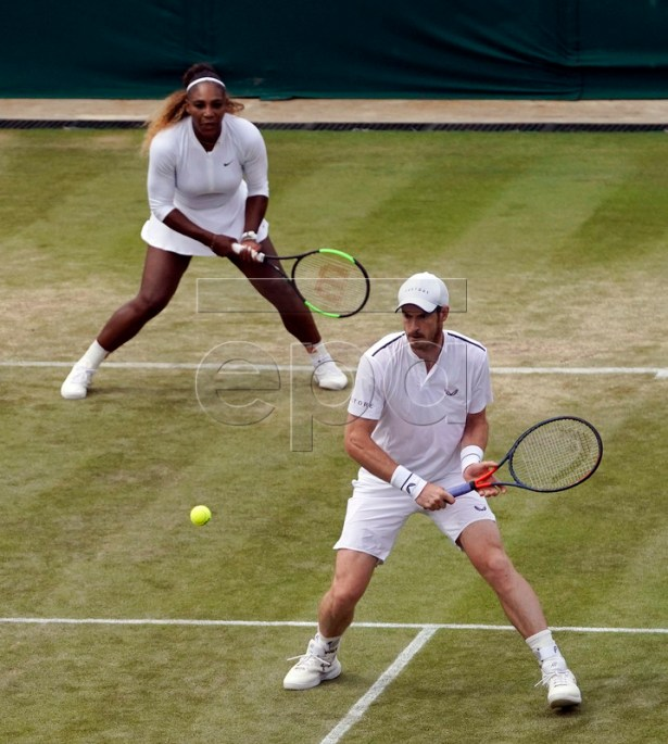 Andy Murray of Britain and Serena Williams of the US during their third round mixed doubles match against Bruno Soares of Brazil and Nicole Melichar of the US during the Wimbledon Championships at the All England Lawn Tennis Club, in London, Britain, 10 July 2019. EPA-EFE/WILL OLIVER EDITORIAL USE ONLY/NO COMMERCIAL SALES