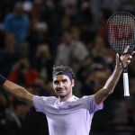 Roger Federer Fights Past Alexander Zverev to Qualify for Semis of ATP Finals
