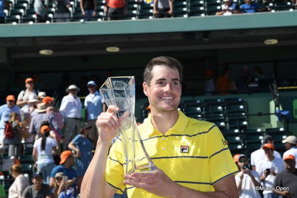 Isner trophy ceremony