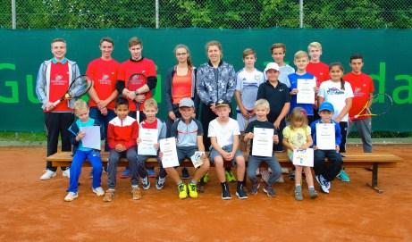 Anna-Lena Friedsam gratulierte zu 20 Jahren Profi-Tennissport in Vallendar
