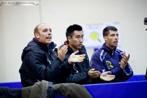 da sx Luigi Rocca, Lu Leyi e il tecnico Mauro Locci (Max Mocci Fotografia)