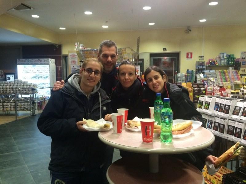 Finalmente volti distesi nel dopo gara con il presidente Simone Carrucciu e le norbellissime
