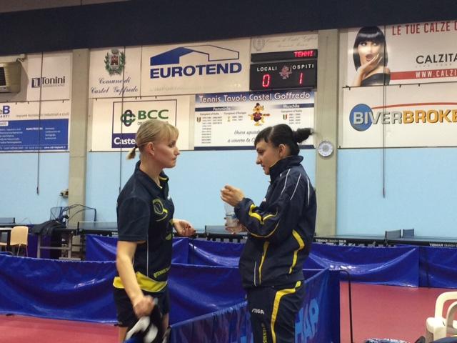 Farladanska dà consigli a Bàghina