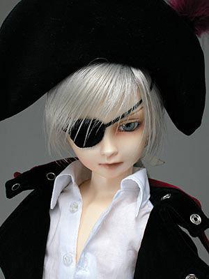 Cecile-captain07