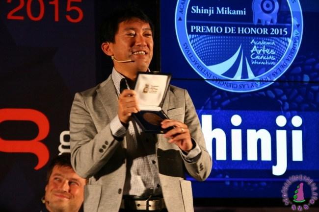 gl15_shinji