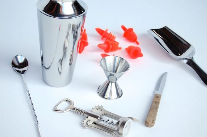 Food and Beverage Rentals-7-piece Bar Service Kit