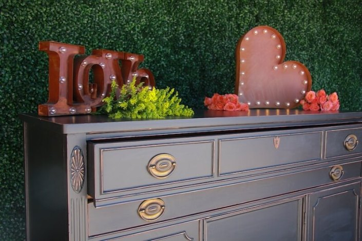 Vintage Black Placecard Dresser With Rustic LED Love Signs