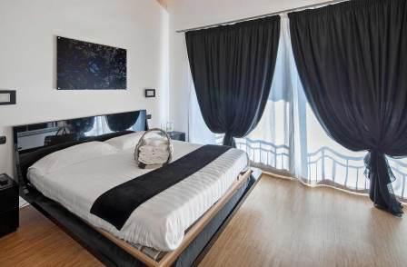 Onyx Junior Suite