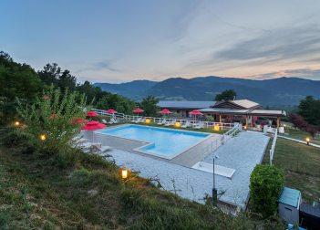 La piscina al tramonto